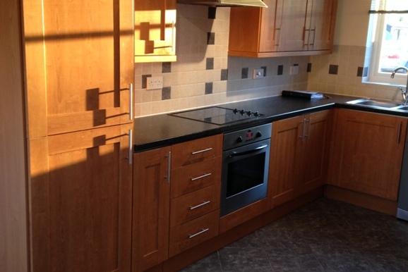 4 Hall View - Kitchen