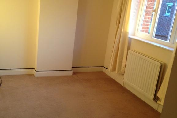 4 Hall View Bedroom 3