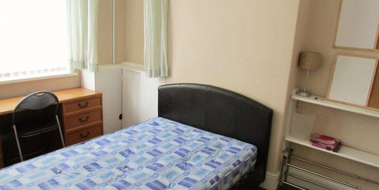 Room 1 -Grd Floor Front (a)