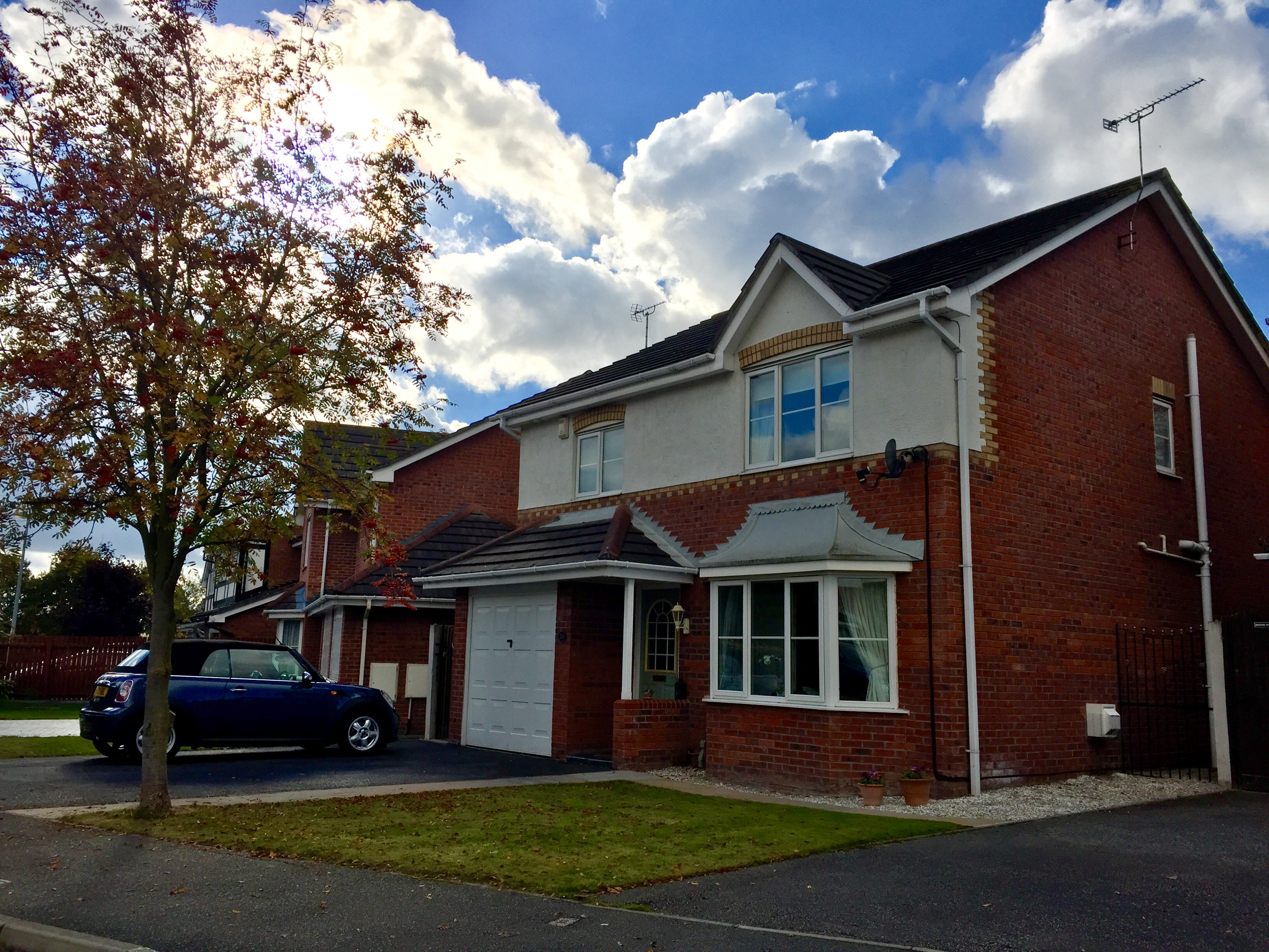 4 Bed Detached House- Mills Way, Crewe