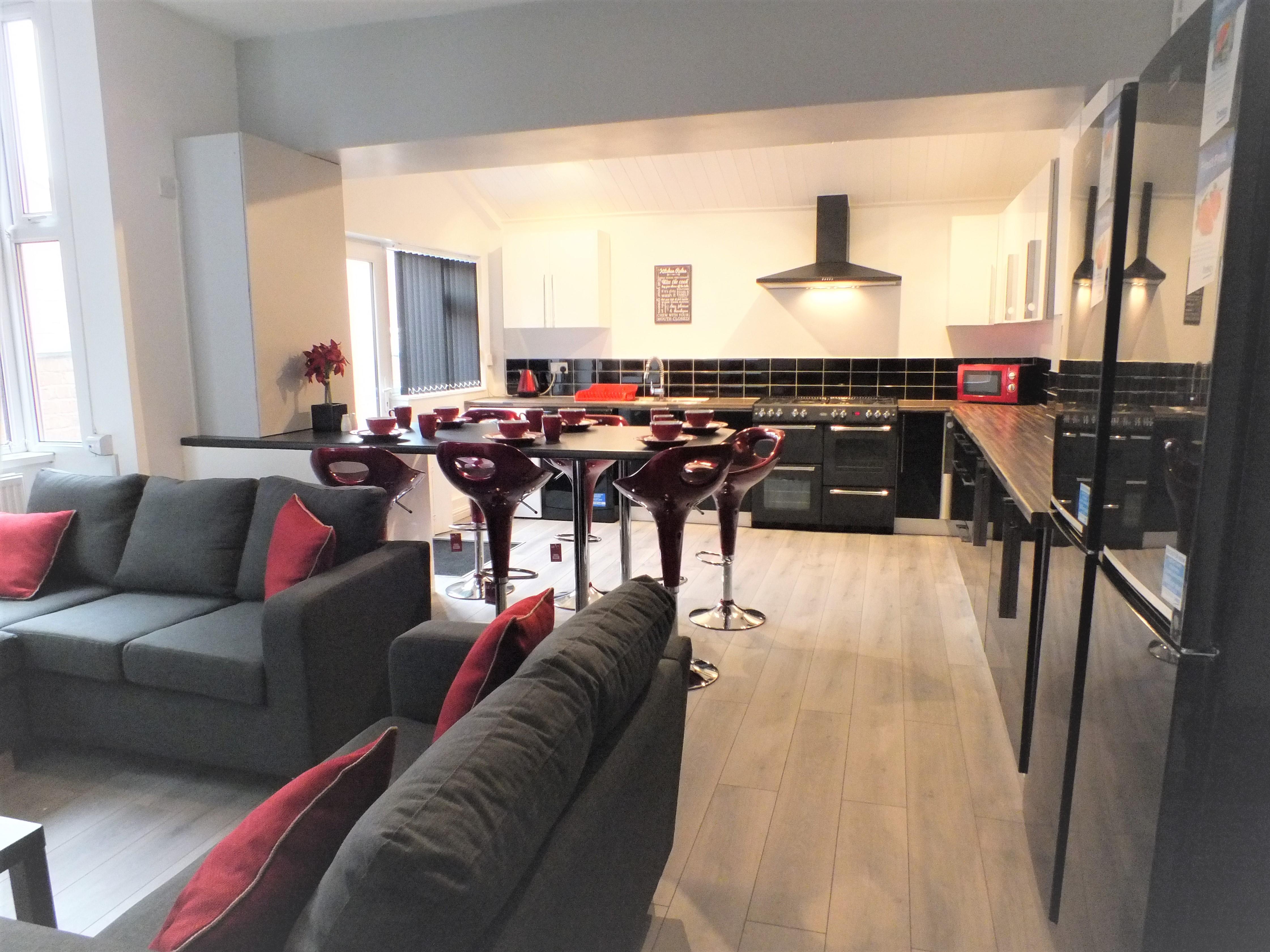 En-Suite Rooms to Rent- Walthall Street, Crewe