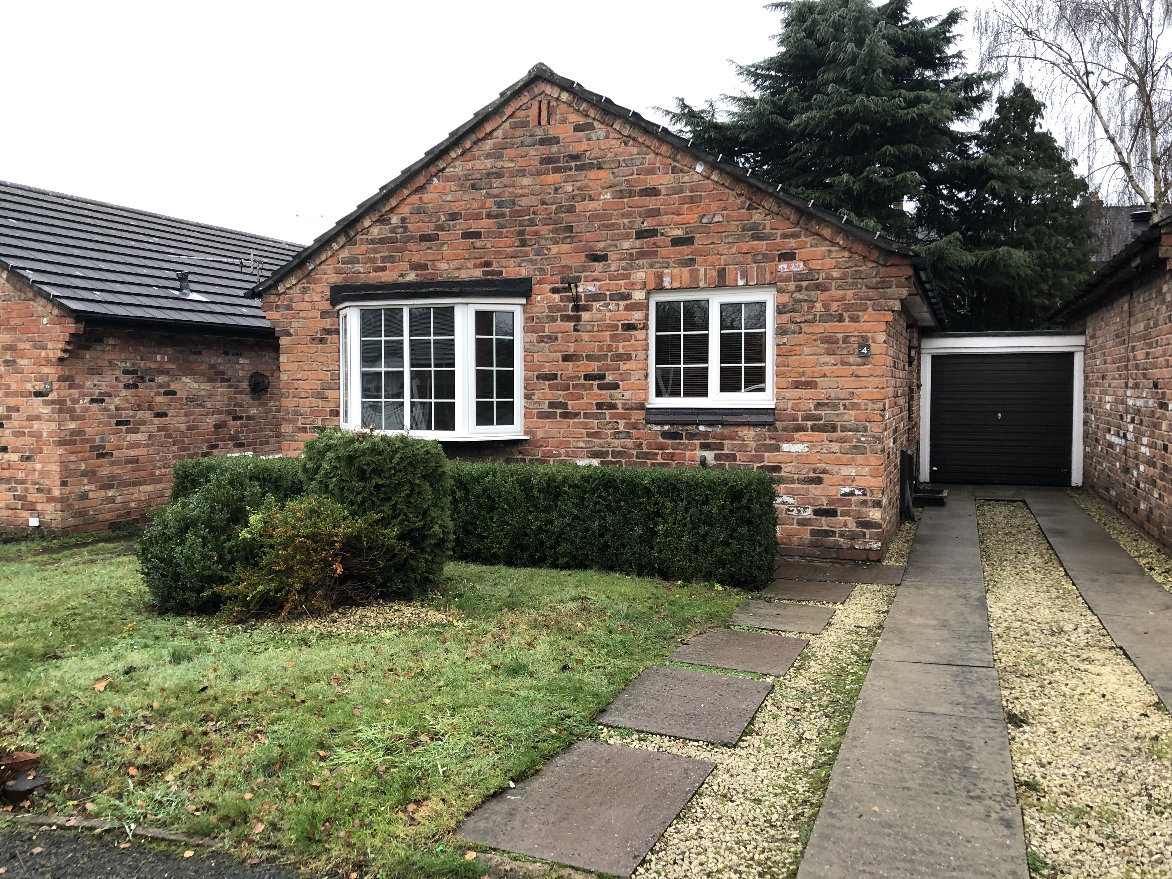 Charming Two-Bedroom Bungalow- Russell Road, Winsford