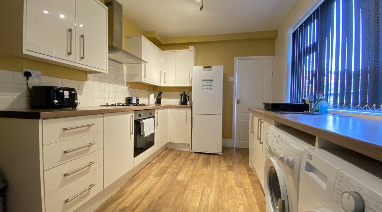 02 Kitchen