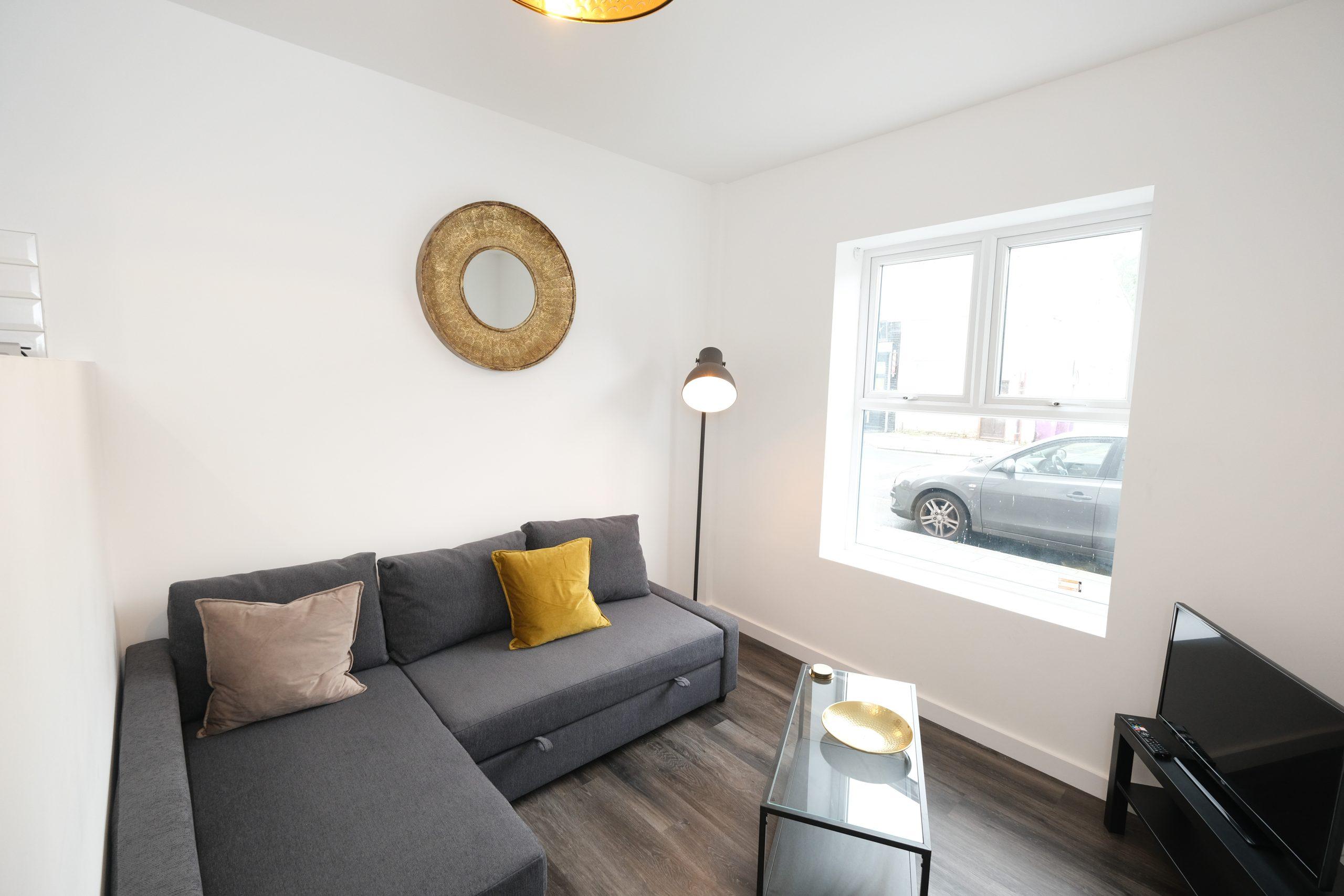2 Bedroom Apartment – Lewbry House